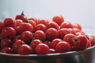 頭皮にも良い優秀野菜「トマト」は美肌や若返り効果もある!?